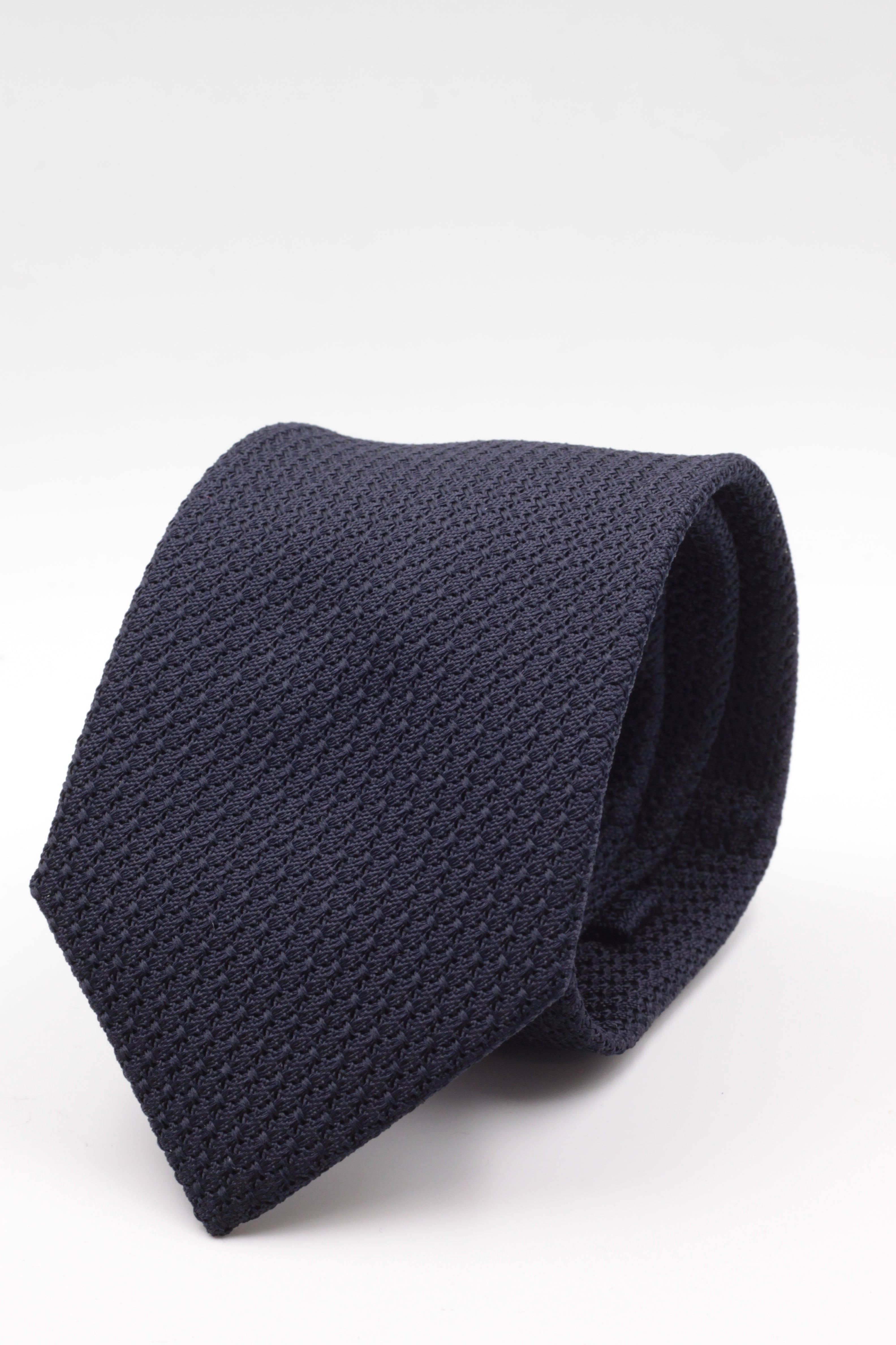 100% Silk Grenadine Garza Grossa Woven in Italy Tipped Midnight blue plain tie Handmade in Italy 8 cm x 150 cm