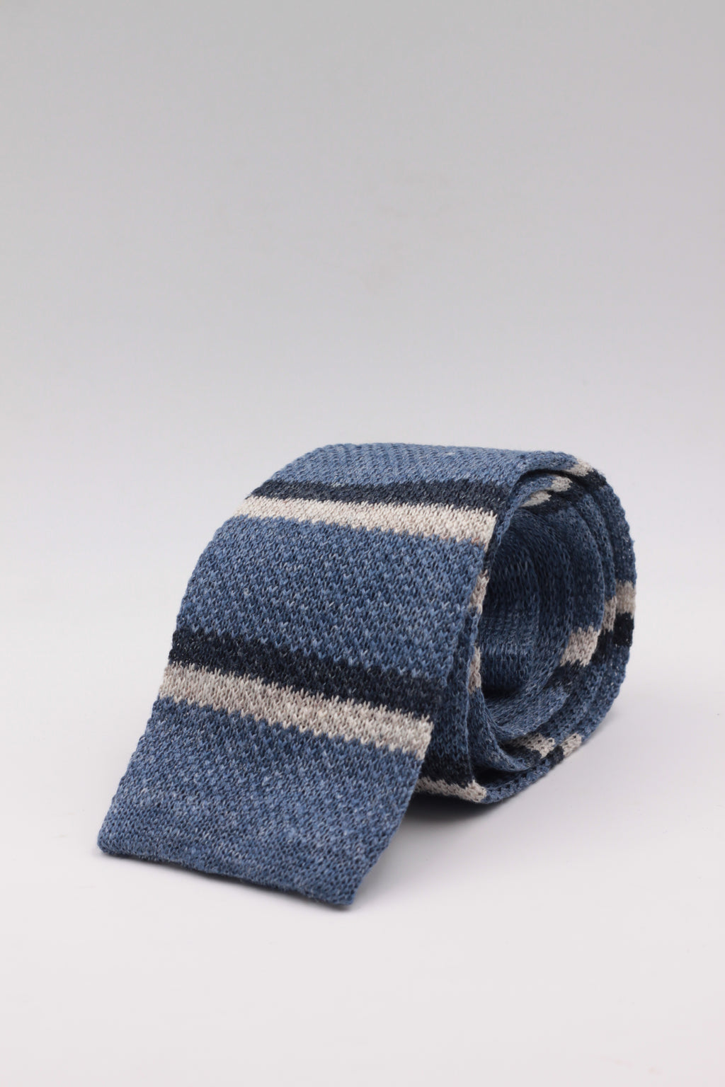 Cruciani & Bella 100% Knitted Linen Light Blue, Sand and Blue stripe tie Handmade in Italy 6 cm x 146 cm