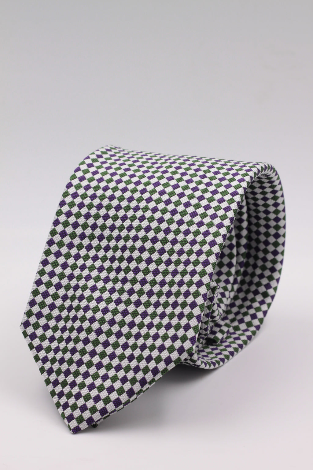 Cruciani & Bella 100% Woven Jacquard Silk Italian Fabric Tipped Green and Purple Optical tie Handmade in italy 8 x 150 cm