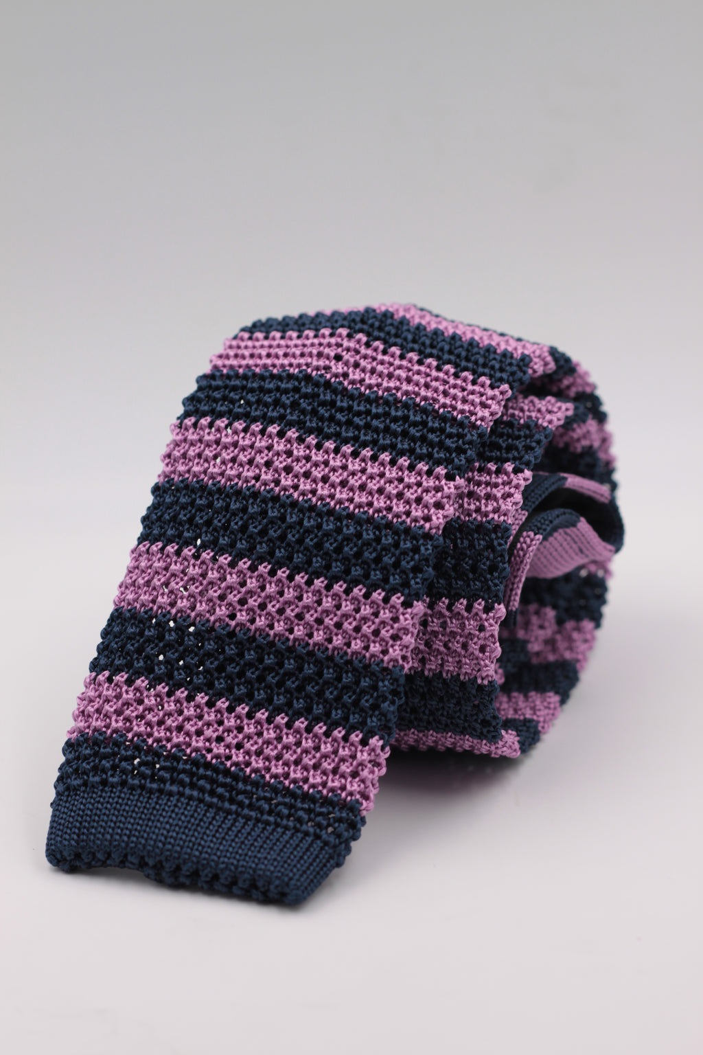 Cruciani & Bella 100% Knitted Silk Blue and Pink stripe tie Handmade in Italy 6 cm x 147 cm