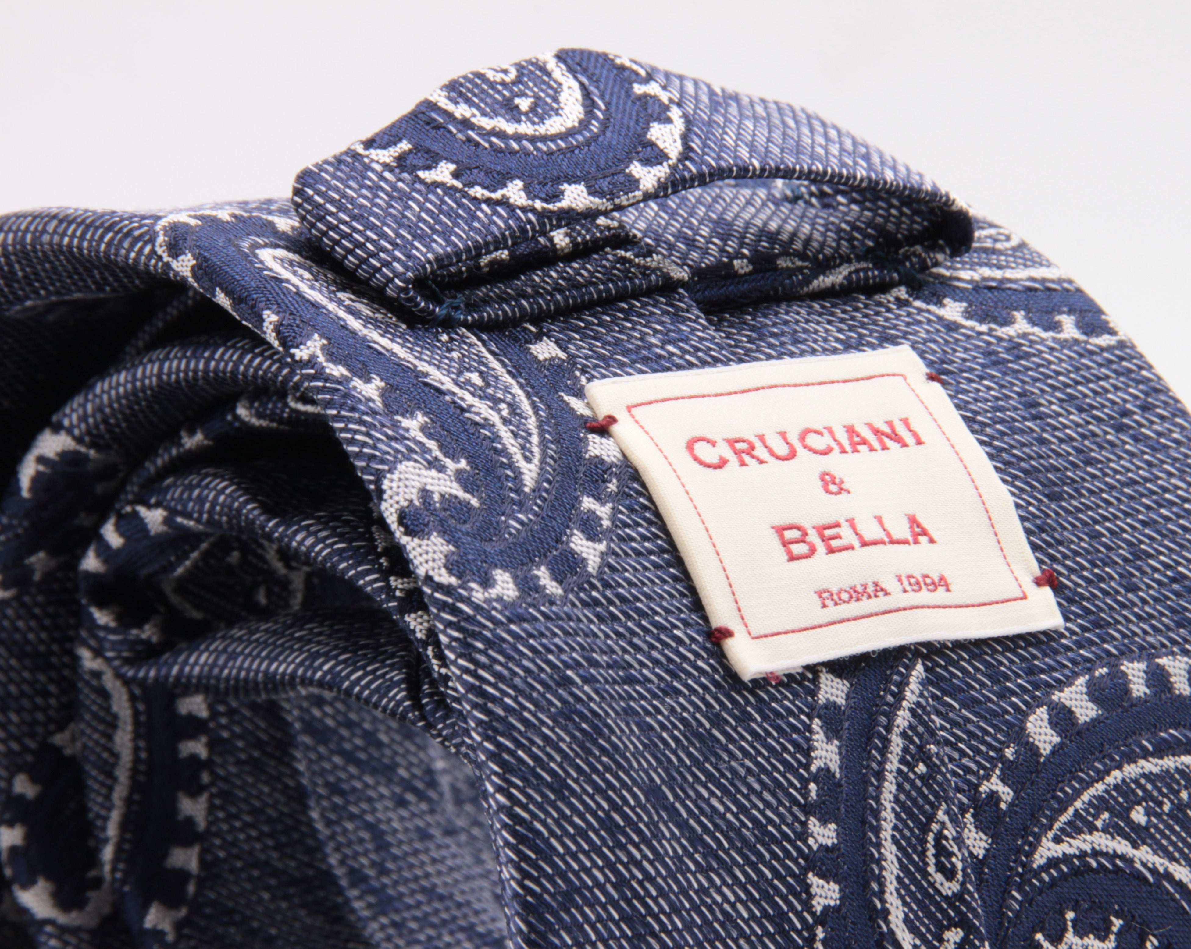 Cruciani & Bella 100% Silk Jacquard  Tipped Blue melange and White Paisley Tie Handmade in Italy 8 cm x 150 cm #4449