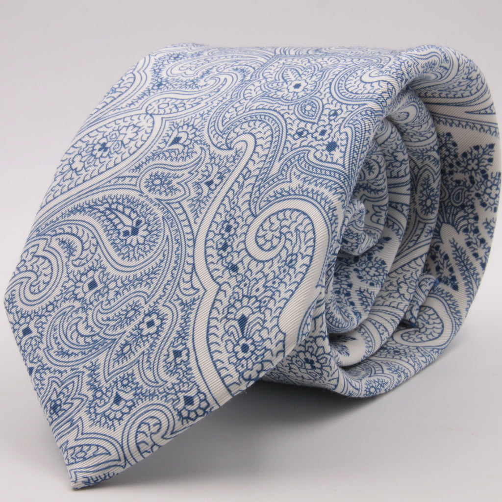 Drake's for Cruciani e Bella Printed 60% Silk 40% Cotton Self-Tipped White and Light Blue Paysley Motif Tie Handmade in London, England 8 cm x 149 cm #5417