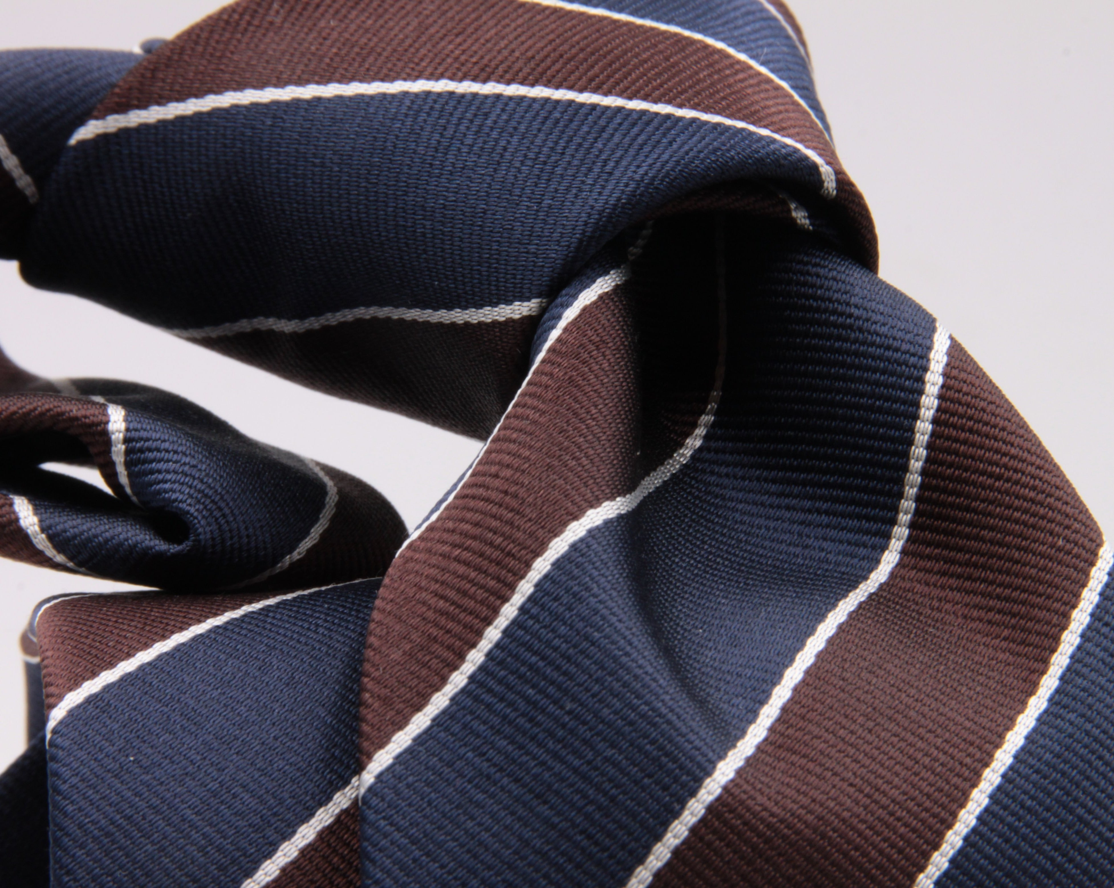 "Holliday & Brown for Cruciani & Bella 100% Silk Jacquard  Regimental ""Marguerite Club"" Blue, Brown and White stripes tie Handmade in Italy 8 cm x 150 cm #5111"