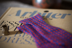 Noodles Bow Ties 100% Linen Blue and red  Handcrafted in Italy coated metal hardware  olive green gabardine inside hand-stitched labels handmade boxes self-tie bow ties