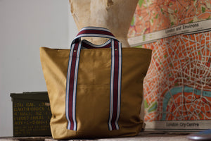 Noodles - Sand dry waxed cotton - Red wine handles tote bag