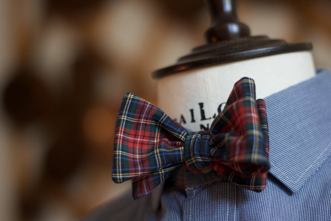 Noodles Bow Ties 100% Cotton  White, red, yellow, green, blue and black tartan Handcrafted in Italy coated metal hardware  olive green gabardine inside hand-stitched labels handmade boxes self-tie bow ties