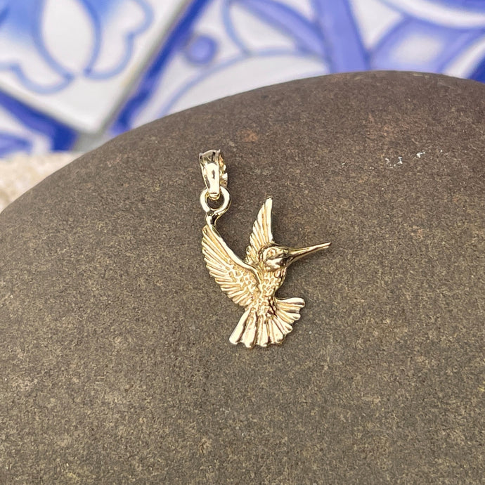 14KT Yellow Gold Flying Detailed Hummingbird Pendant
