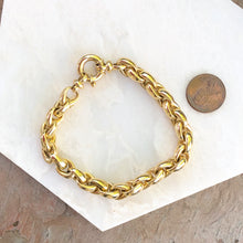 "Load image into Gallery viewer, Estate 14KT Yellow Gold Shiny Rounded Link Toggle Bracelet  7.75"", Estate 14KT Yellow Gold Shiny Rounded Link Toggle Bracelet  7.75"" - Legacy Saint Jewelry"