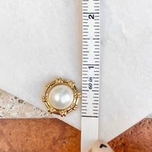Load image into Gallery viewer, 14KT Yellow Gold Detailed Round White Mabe Pearl Pendant Slide