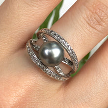 Load image into Gallery viewer, Estate 14KT White Gold Pave Diamond + Tahitian South Sea Pearl Ring Size 7, Estate 14KT White Gold Pave Diamond + Tahitian South Sea Pearl Ring Size 7 - Legacy Saint Jewelry