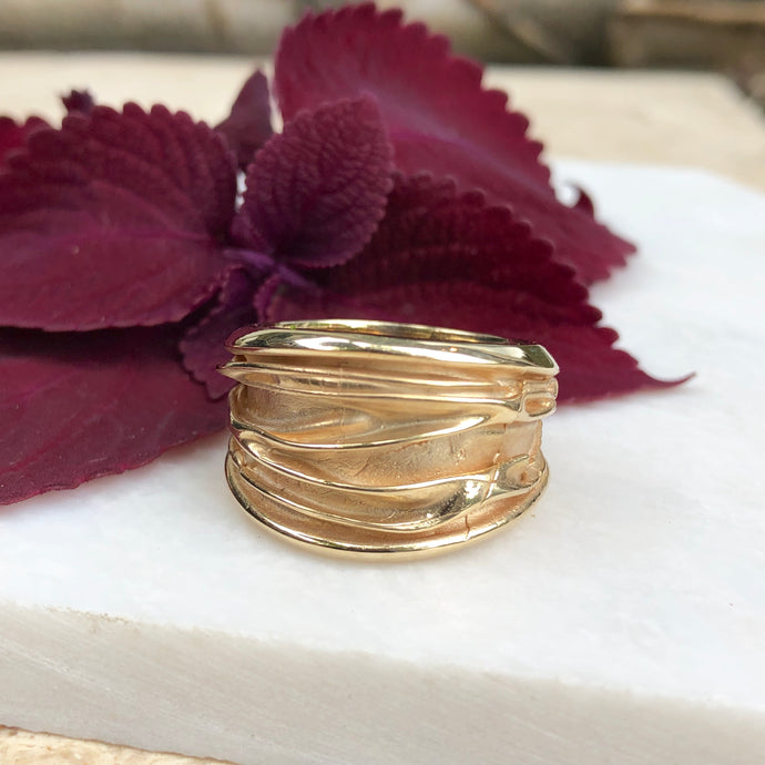 14KT Yellow Gold Wide Artistic Shiny Grooved Cigar Band Ring, 14KT Yellow Gold Wide Artistic Shiny Grooved Cigar Band Ring - Legacy Saint Jewelry