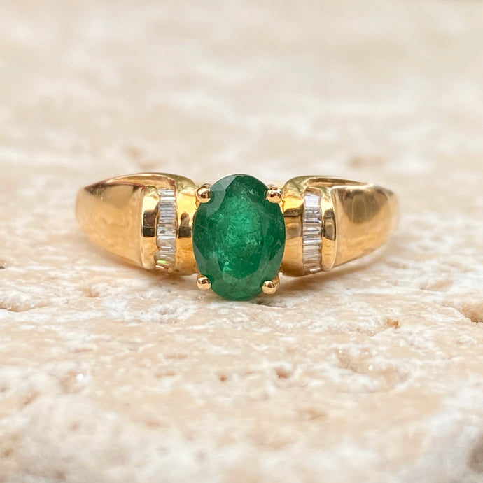 Estate 14KT Yellow Gold Oval Emerald + Baguette Diamond Accent Ring, Estate 14KT Yellow Gold Oval Emerald + Baguette Diamond Accent Ring - Legacy Saint Jewelry