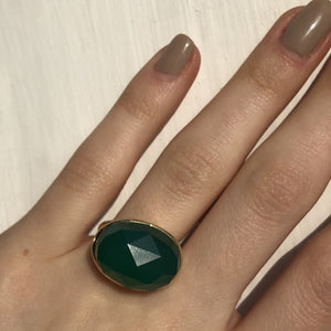 14KT Yellow Gold + Faceted Green Agate Gemstone Estate Ring Size 7, 14KT Yellow Gold + Faceted Green Agate Gemstone Estate Ring Size 7 - Legacy Saint Jewelry