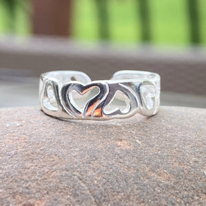 Sterling Silver Polished Open Hearts Band Toe Ring, Sterling Silver Polished Open Hearts Band Toe Ring - Legacy Saint Jewelry