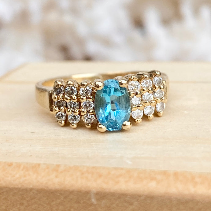 Estate 14KT Yellow Gold Oval Blue Topaz + 1/4 CT Diamond Accent Ring