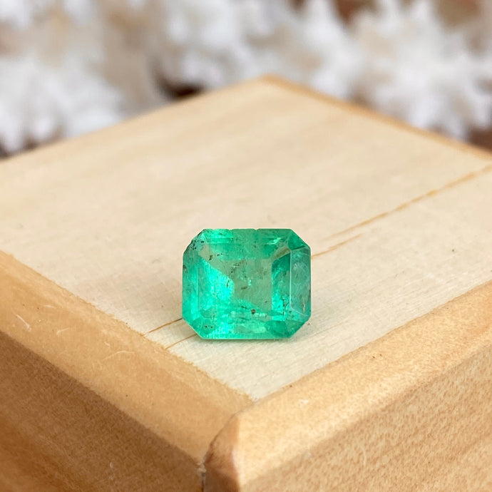 Colombian Emerald-Cut Loose Emerald 1.73 CT, Colombian Emerald-Cut Loose Emerald 1.73 CT - Legacy Saint Jewelry