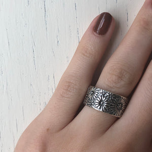 Sterling Silver Floral Cigar Band Ring, Sterling Silver Floral Cigar Band Ring - Legacy Saint Jewelry