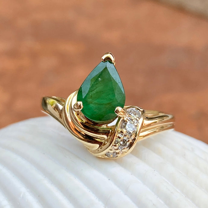 Estate 14KT Yellow Gold Pear Shape Colombian Emerald + Diamond Accent Ring, Estate 14KT Yellow Gold Pear Shape Colombian Emerald + Diamond Accent Ring - Legacy Saint Jewelry