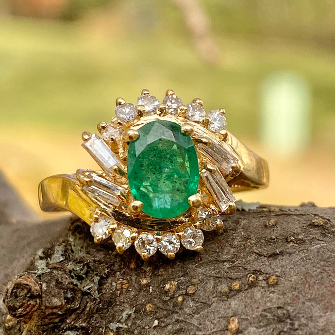 Estate 14KT Yellow Gold Round Emerald + Baguette Diamond Ring, Estate 14KT Yellow Gold Round Emerald + Baguette Diamond Ring - Legacy Saint Jewelry