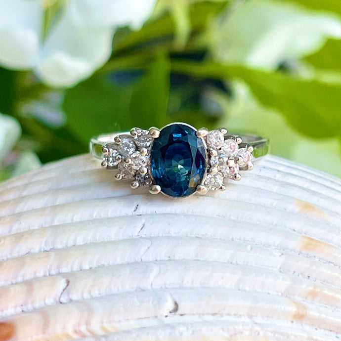Estate 14KT White Gold Oval 1.25 Blue Sapphire + 12 Diamond Accent Ring