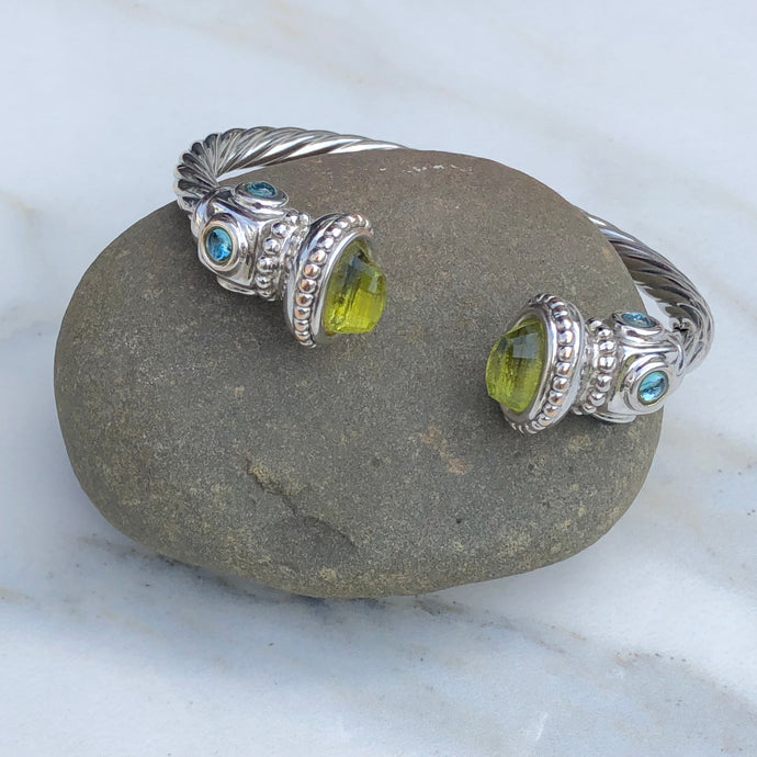 Estate 14KT White Gold Polished Peridot End Caps + Blue Topaz Bangle Bracelet, Estate 14KT White Gold Polished Peridot End Caps + Blue Topaz Bangle Bracelet - Legacy Saint Jewelry