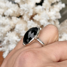 Load image into Gallery viewer, Sterling Silver Oval Genuine Black Onyx Fleur de Lis Ring