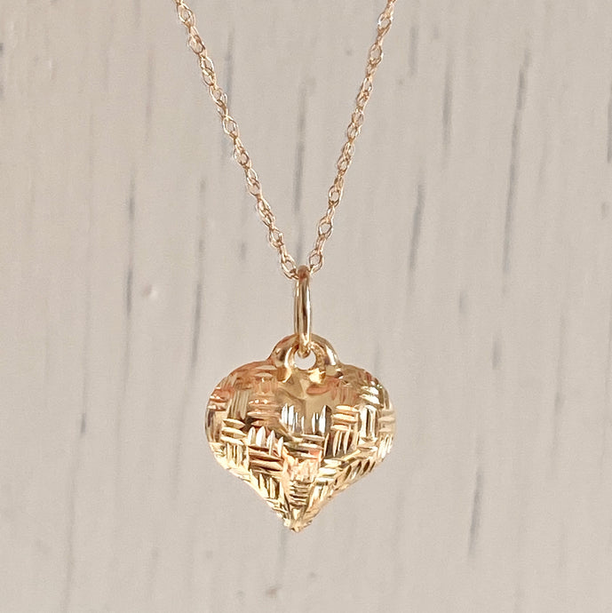 14KT Yellow Gold Basket Weave Pattern 3-D Heart Pendant Chain Necklace, 14KT Yellow Gold Basket Weave Pattern 3-D Heart Pendant Chain Necklace - Legacy Saint Jewelry