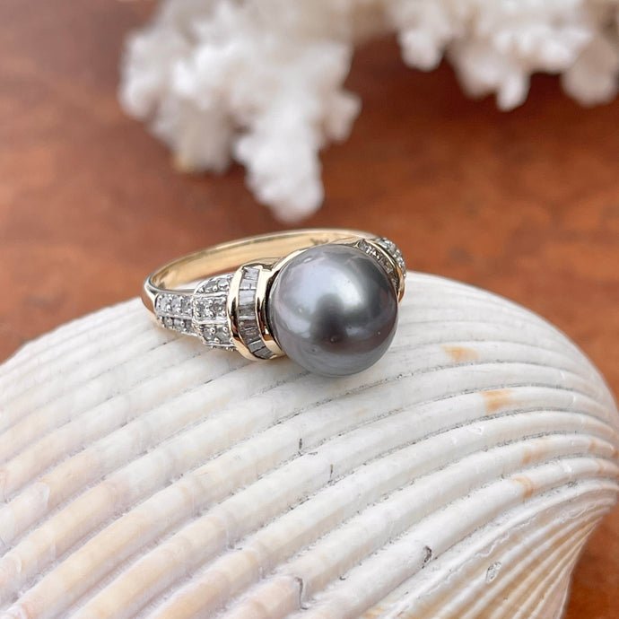 Estate 14KT Yellow Gold Gray Tahitian Pearl + Baguette Diamond Cluster Ring
