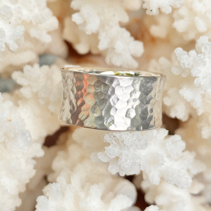 Sterling Silver Polished Hammered Concave Cigar Band Ring