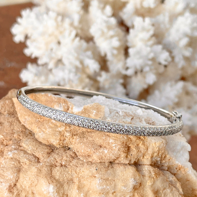 Estate 14KT White Gold 1.00 CT Pave Diamond Oval Bangle Bracelet