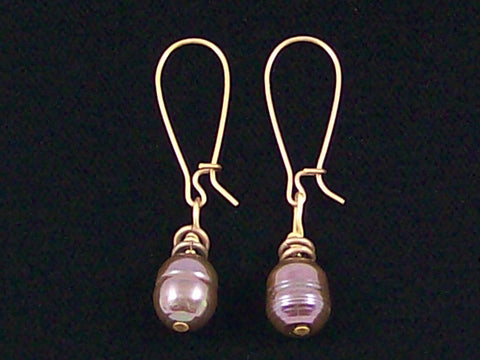 Antiqued medium earrings w/ Pearl (Web-238)
