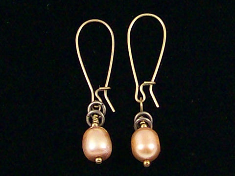 Antiqued medium earrings w/ Pearl (Web-246)