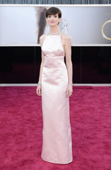 Anne Hathaway at 2013 Oscars