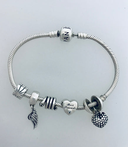 Pandora 19cm bracelet with charms