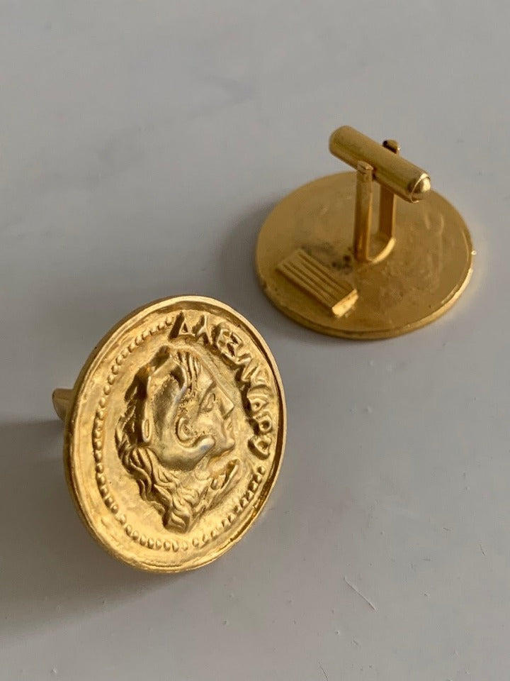 Suit of Lights Gorgeous Vintage Oversized Gold Plated Cufflinks Image 2
