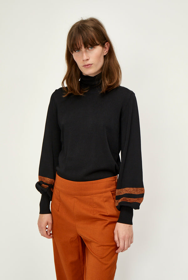 Lulu knit roll neck