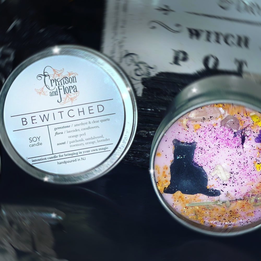 CRIMSON & FLORA BEWITCHED CANDLE