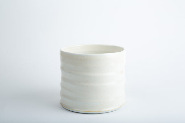 Gilles le Corre - Cylinder Pot, porcelain and white.