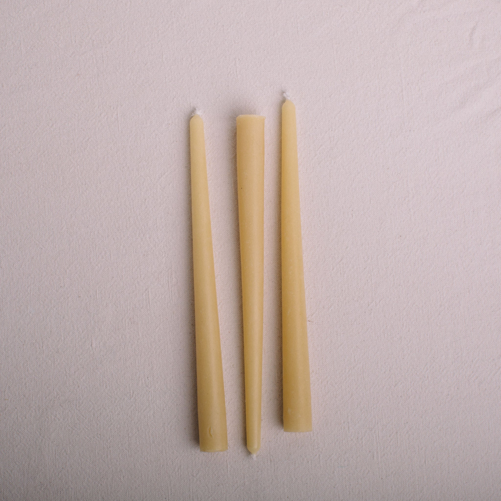 LA GRA || BEESWAX CANDLES