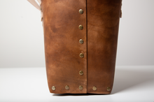 Load image into Gallery viewer, Rivet Tote Bag - Distressed Brown