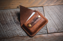 Load image into Gallery viewer, Card Holder - Saddle Tan