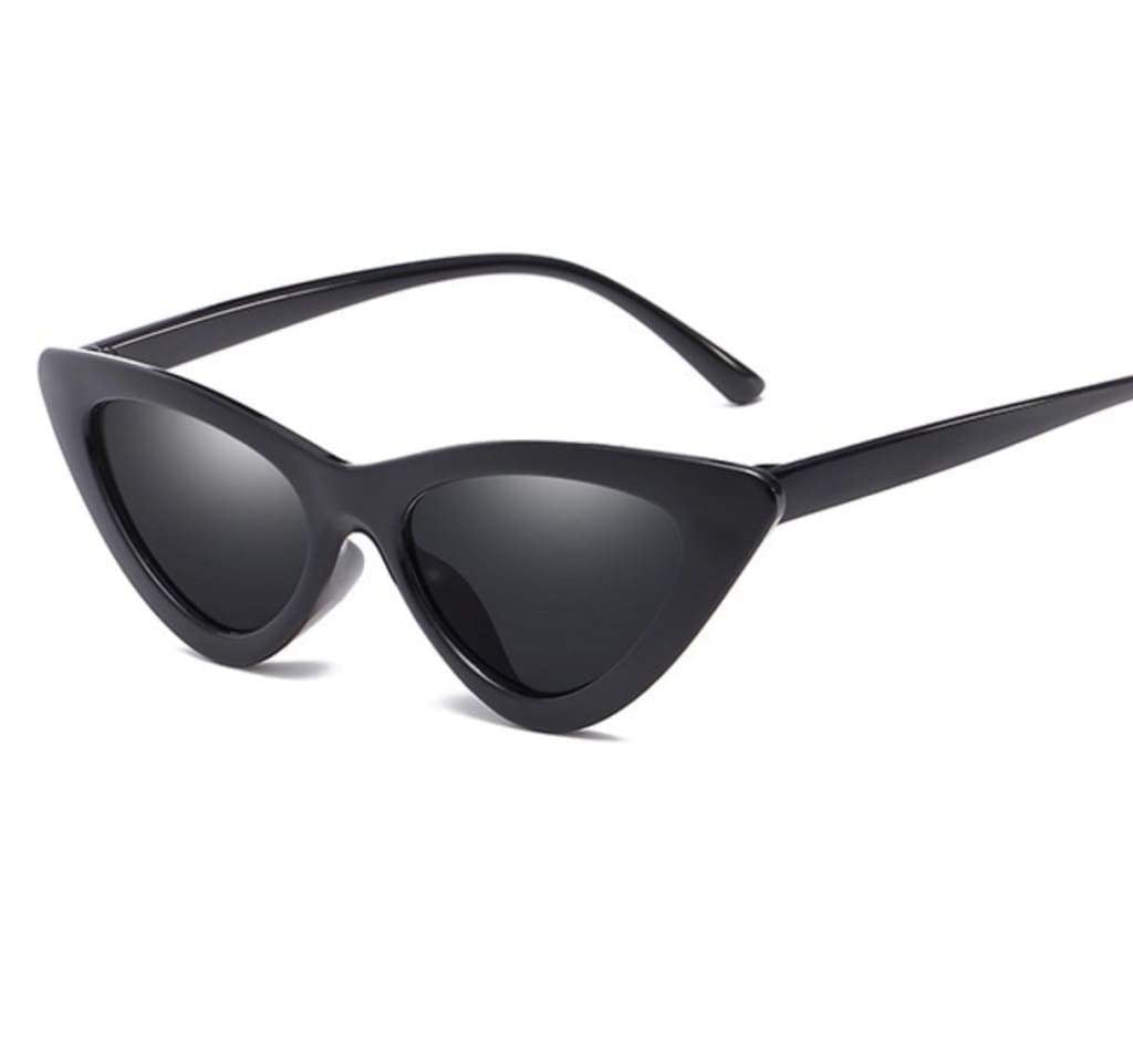 VANES SUNGLASSES IN BLACK - PINKCOLADA