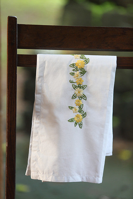 Sunset Yellow Flowers Satin Stitch Sheet