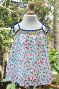 Sleeveless Printed Cotton Dress with Dotted Laces