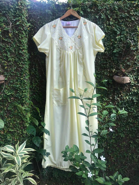 embroidered maternity nursing nighty