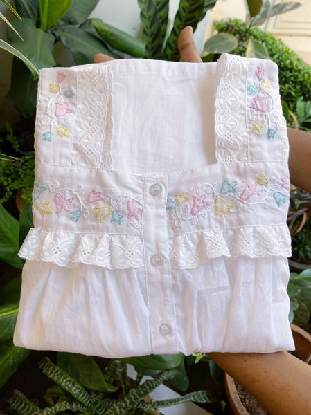 Dreamy Lace - Sleeveless White Cotton Nighty