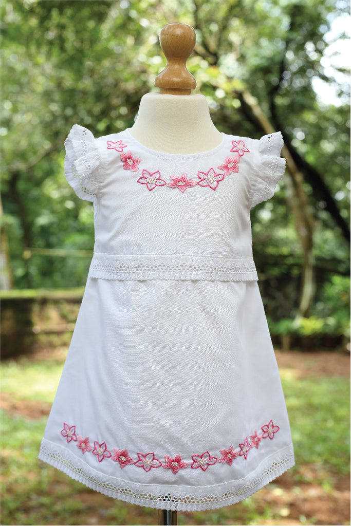Blended Fabric with Cotton Eyelet Lace
