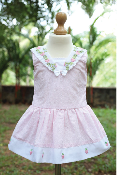 Hakoba Dress with Sailor Collar