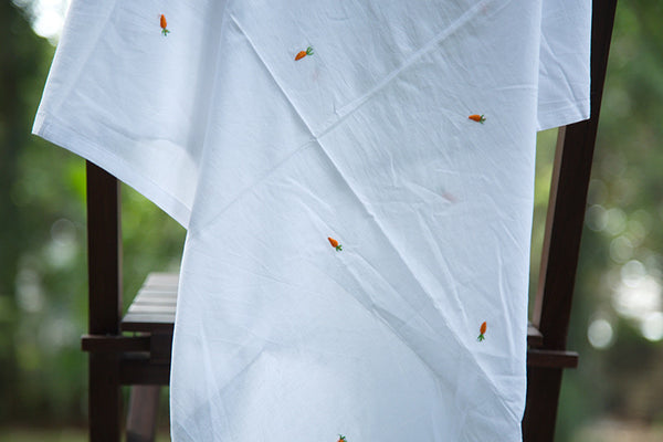 Cotton White Sheet with Carrot Motifs