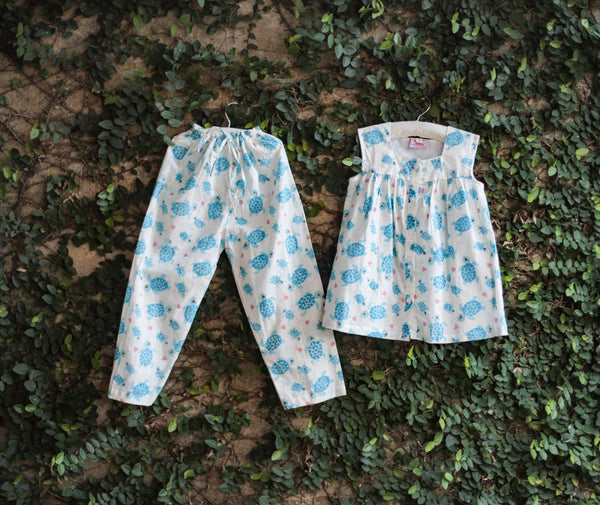 turtle print kids nightwear
